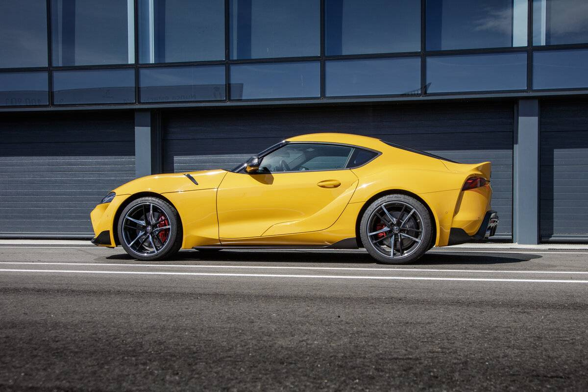 "Toyota GR Supra wins the ""Golden Steering Wheel 2019"""